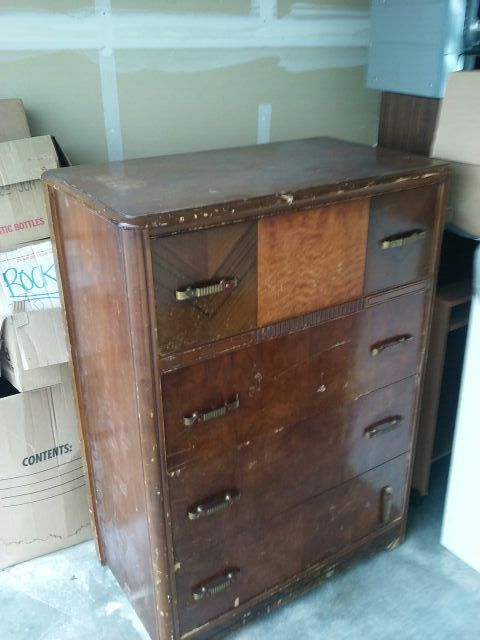 Dresser furniture in aberdeen wa offerup for Bedroom furniture 98409