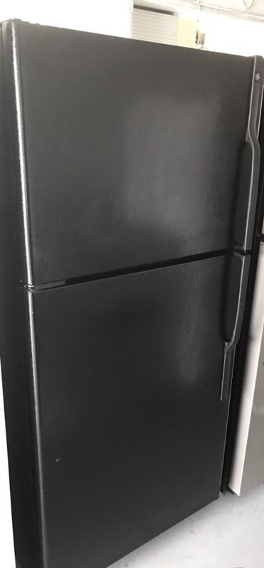 Ge apartment sizes refrigerator w/ice make ( Appliances ) in ...