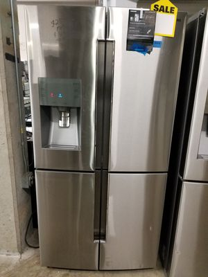 ***REFRIGERATOR S STAINLESS WHITE BLACK OR BLACK STAINLESS JUST CAME OUT AND PICK ONE HUGE WAREHOUSE BLOWOUT FIFTY DOWN PAY LATER SUPER DEAL
