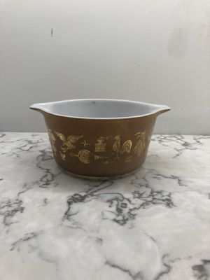 Vintage Early American Pyrex Casserole Dish (1960s)