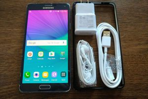 Galaxy Note 4 w/ Accessories {UNLOCKED}