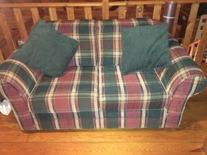 Love Seat, plaid - rarely used