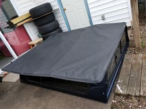 TONNEAU COVER. short 64 inchas by 74 large