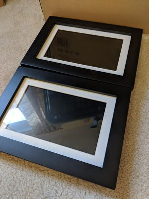 Pandigital 10 inch digital photo frame