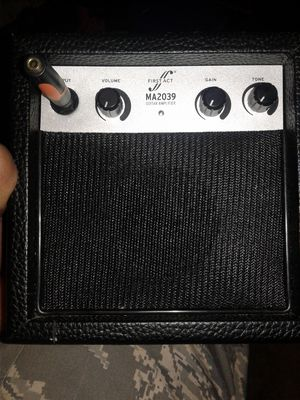 Amplifier for guitar or loud speaker mic